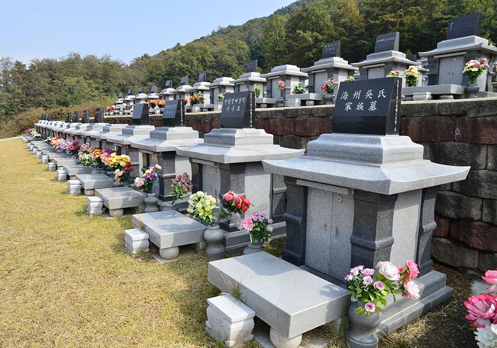 http://yeaeunpark.com/main/02_3_photo_01/700/4.jpg