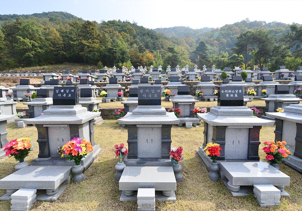 http://yeaeunpark.com/main/02_3_photo_01/700/5.jpg